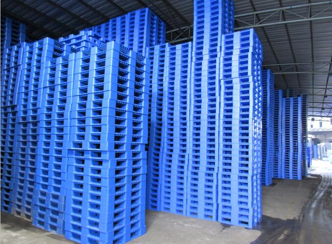 Investing in Plastic Pallets1